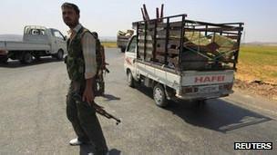 По данным источников агентства Рейтер, теперь сирийские повстанцы гораздо лучше вооружены и организованы