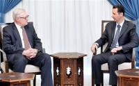 Сирийский президент Башар аль-Асад на встрече с российским заместителем министра иностранных дел Сергеем Рябковым в Дамаске сегодня. Фотография: AFP