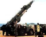 Ядерные ракеты DF-3 на параде в Саудовской Аравии