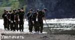 Южнокорейские солдаты ищут пропавших людей на реке Имджин в Yeoncheon, на севере Сеула,  7 сентября 2009 года