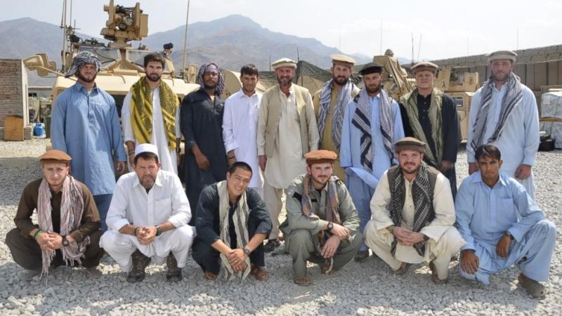 Спецназ США в Афганистане одевается в традиционную одежду и пытается вербовать местных жителей для анти-талибских операций